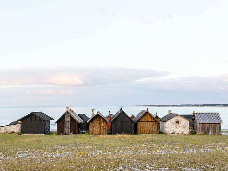 Fischerhäuser am Meer